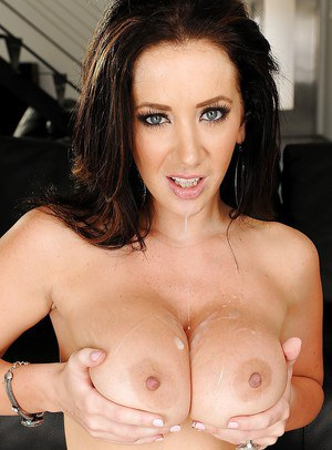 Jayden Jaymes takes a creamy cumshot on her big jugs after hardcore twatting