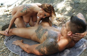 Sheila Grant receives a cumshot on her gorgeous tits outdoor