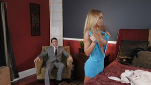 Tempting blonde in stockings Nicole Aniston gives a blowjob and gets fucked