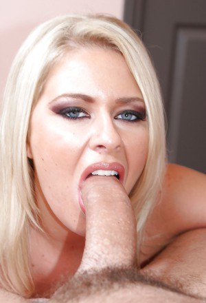 Full-bosomed blonde pornstar Riley Evans gives a titjob and gets fucked
