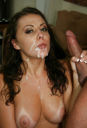 Penny Flame gives a blowjob and receives a large sticky cumshot