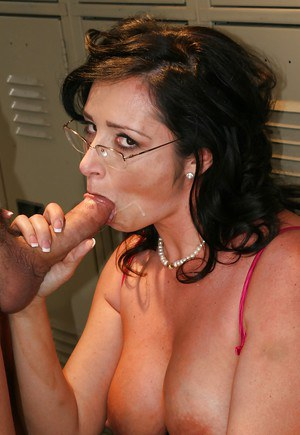 Cock starving MILF with big tits Vannah Sterling gets drilled hardcore
