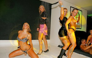 Stupendous ladies getting wet and going wild at the drunk party