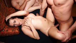 Promiscuous chicks enjoy a foursome groupsex at the house party