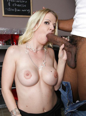 Horny MILF Anita Blue tries to handle with a monstrous black cock
