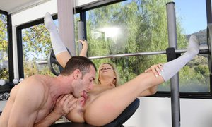 Sporty lady with tiny tits Caprice Capone gets shagged in the gym