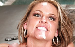 Salacious MILF Amanda Blow gets fucked hardcore and squirts