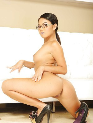 Zoftick asian babe Cindy Starfall uncovering her tempting curves