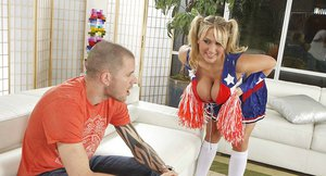 Curvaceous cheerleader Alanah Rae gets her shaved twat cocked up