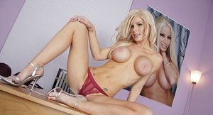 Steaming hot busty vixens have a threesome groupsex with a well-hung guy