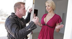 Smiley MILF Brianna Beach gives a blowjob and gets pounded hard
