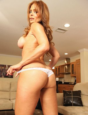Busty MILF Monique Fuentes gives a blowjob and gets banged hardcore