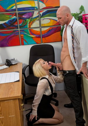Adorable blonde lady Ash Hollywood gets fucked in the office