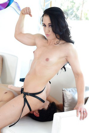 Cheyenne Jewel fucks a guy by a strapon and rides his hard dick