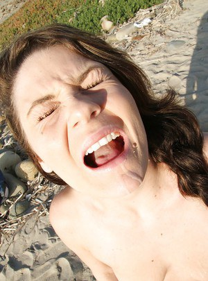 Frisky amateur Audrina Ashley gets shagged and facialized outdoor