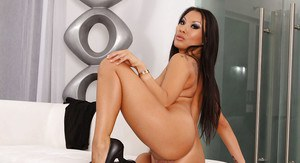 Steaming hot asian lady Asa Akira uncovering her lawless curves