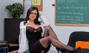Voluptuous teacher Kendra Lust gets rid of her formal suit and lingerie