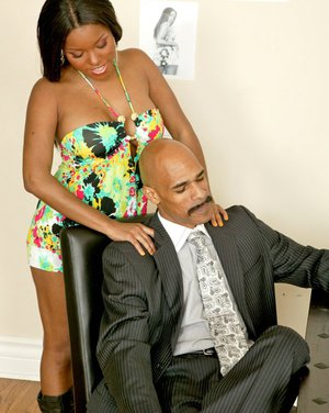 Ebony MILF Candice Nicole gets her bald pussy drilled by a huge dick