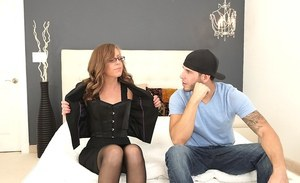 Flexy chick in glasses Katlyn Snow gets shagged and facialized