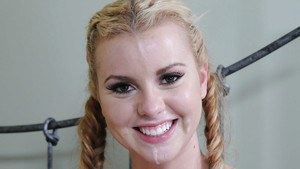 Latina teen Jessie Rogers gets shagged and jizzed over her smiley face