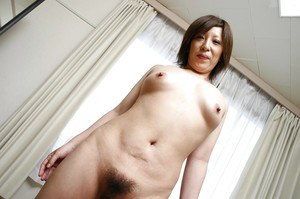 Naughty asian MILF Kimiko Ogata showcasing her fuckable curves after bath