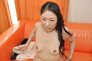 Horny asian MILF Yumiko Morisaki gets her twat pleased with sex toys