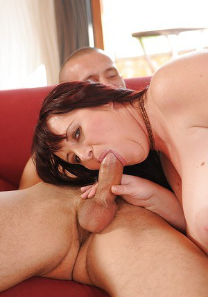 Fatty mature slut gets fucked and takes a cumshot on her big jugs