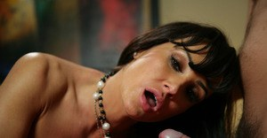 Juggy MILF enjoys hard twatting and gets her trimmed cooter glazed with jizz