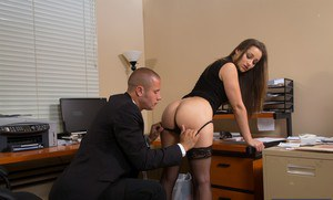 Dani Daniels gets fucked by her naughty boss and tastes a hot cumshot