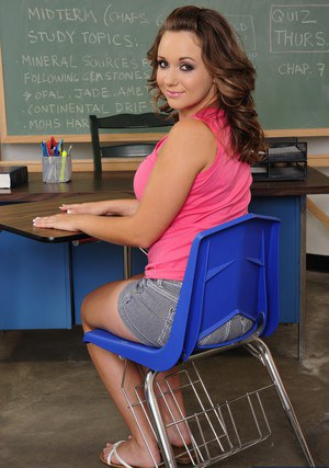 Cute coed Chrissy Nova stripping and teasing her pink hole in the classroom