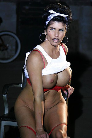 Sassy mannish latina lassie uncovering her curvaceous body
