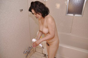 Fuckable asian MILF with nice tits Junko Morikawa taking shower