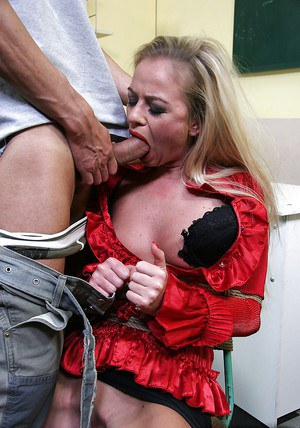 Kinky teacher has some hardcore BDSM fun with her student