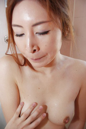 Asian MILF Chiho Sakurai gets her shaggy gash vibed and cocked up
