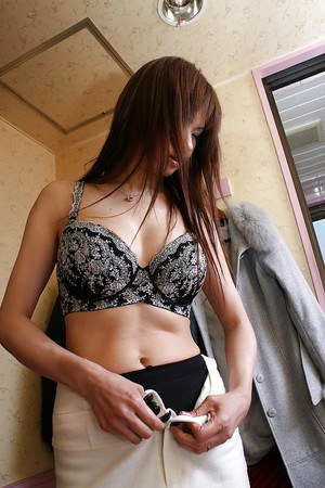 Asian MILF Yukie Toyoda slowly uncovering her graceful curves