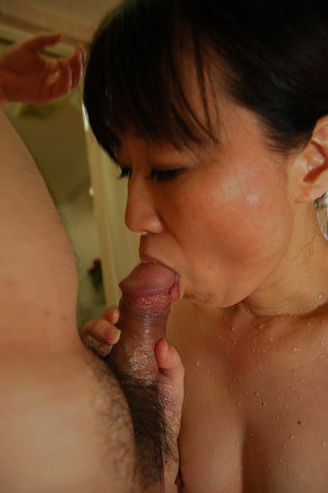Asian MILF enjoys passionate pussy fucking ended with creampie