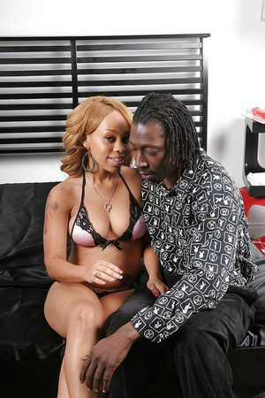 Saucy ebony MILF Melrose Foxxx gets fucked and jizzed over her ass