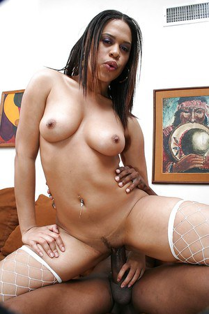 Ebony MILF Chyanne Jacobs enjoys hard twatting ended with creampie