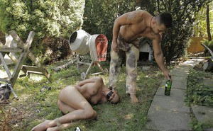 Submissive BDSM slut gets tortured and banged roughly outdoor