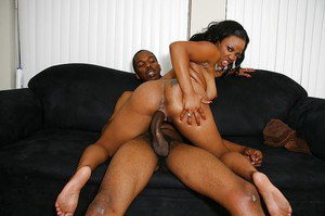 Ebony cock-hunter Stacie Lane fucks a huge black shlong and tastes a cumshot