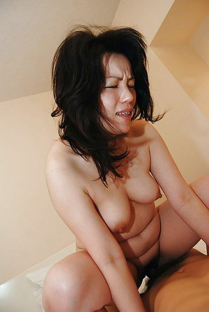 Asian MILF Misuzu Masuko gives a blowjob and gets her hairy cunt shafted hard
