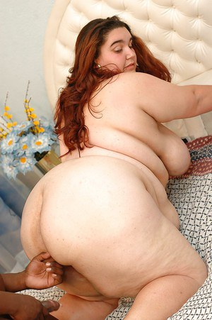Filthy SSBBW bombshell gets fucked and jizzed over her huge ass by a black lad