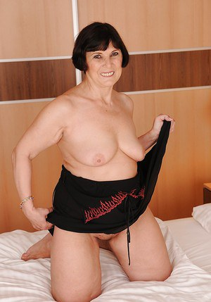 Brunette granny porn beguiling nude amateurs hairy skinny granny pussy gallery