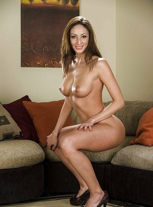 Smiley doxy with amazing graceful body undressing and spreading her legs