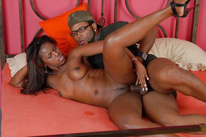 Horny ebony slut gets fucked and jizzed all over her ample booty