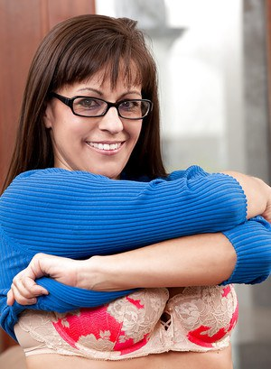 Stunning mature lady in glasses has some hardcore fun with a naughty boy