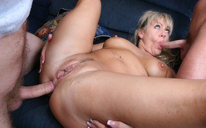Hot ass MILF gets anally drilled and takes cum on her tongue and rack