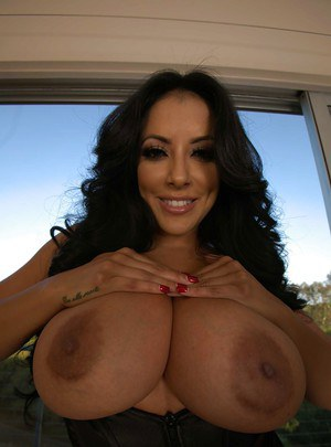 Amazingly hot latina MILF takes off her tiny dress and exposes her huge tatas