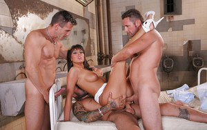 Slutty cum-hungry doxy enjoys hard gangbang with double penetration