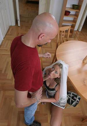 Jizz-starving european MILF gets her pussy licked and shafted hardcore